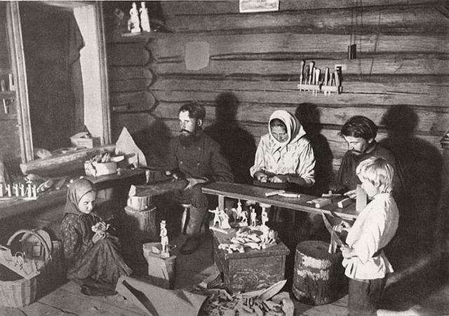 Краткая характеристика героев поэмы Кому на Руси жить хорошо