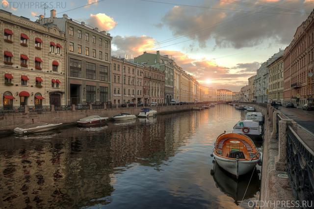 Сочинение про Санкт-Петербург (2, 3, 4, 5, 6, 7, 8 класс)